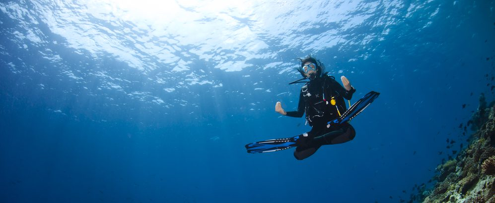 diver-buoyancy-yoga-e1480890043190.jpg