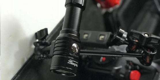 OrcaTorch D820V Dive Light Review